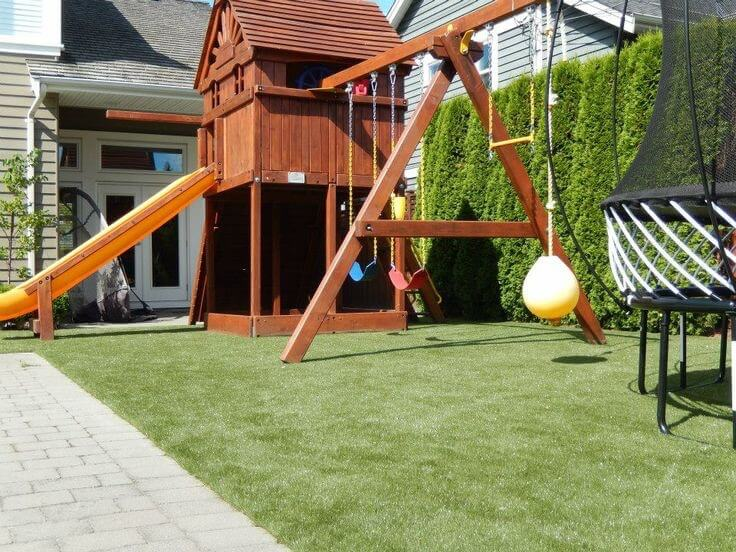 The Woodlands Fake Grass - Playground Turf